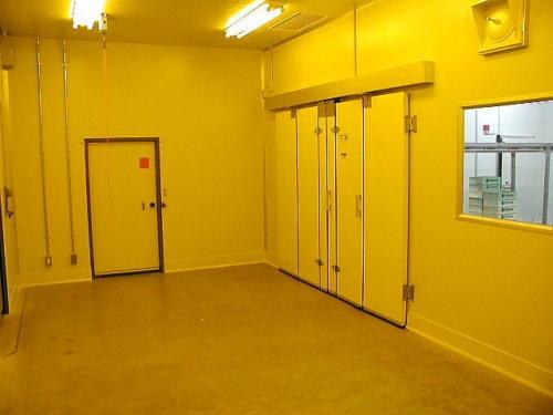 クリーンルーム前室